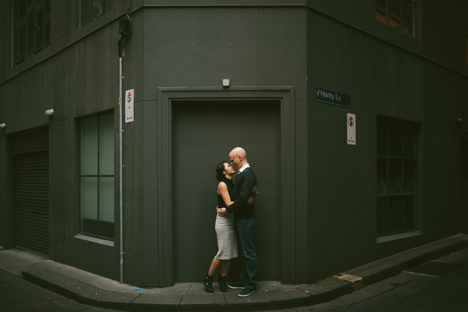 Elaine-Stephen-Engagement-Melbourne-Quirky-Urban-Engagement-Session-Wedding-Photography-22