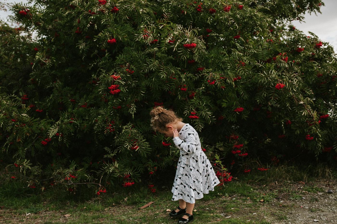 Avslappnade-naturliga-roliga-Familjesession-Familjebilder-Ben&Rosanne&Luella_2