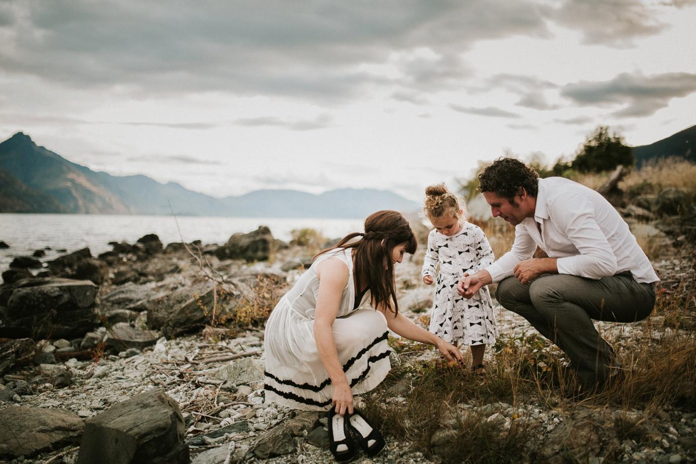 Avslappnade-naturliga-roliga-Familjesession-Familjebilder-Ben&Rosanne&Luella_34