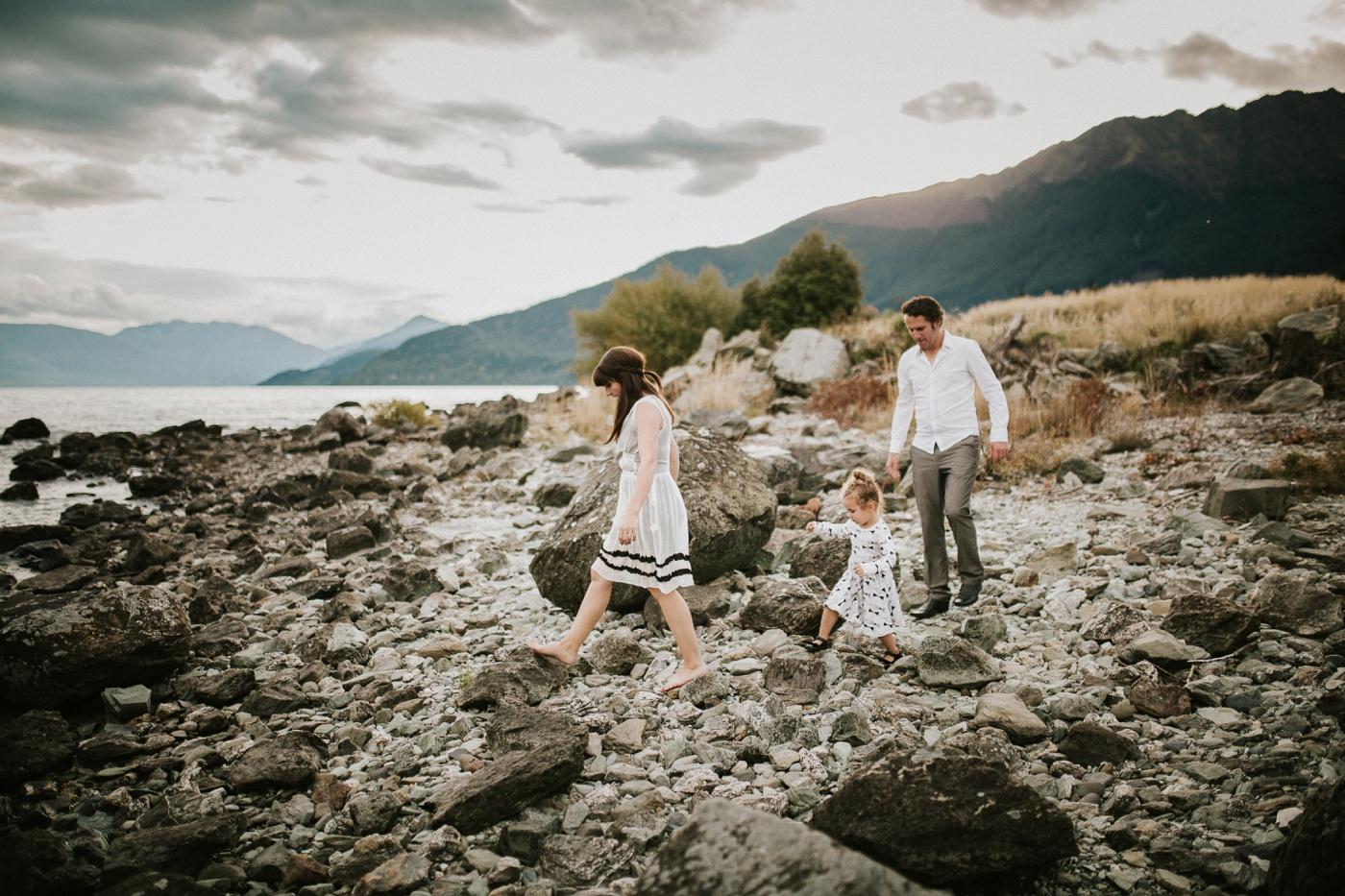 Avslappnade-naturliga-roliga-Familjesession-Familjebilder-Ben&Rosanne&Luella_36