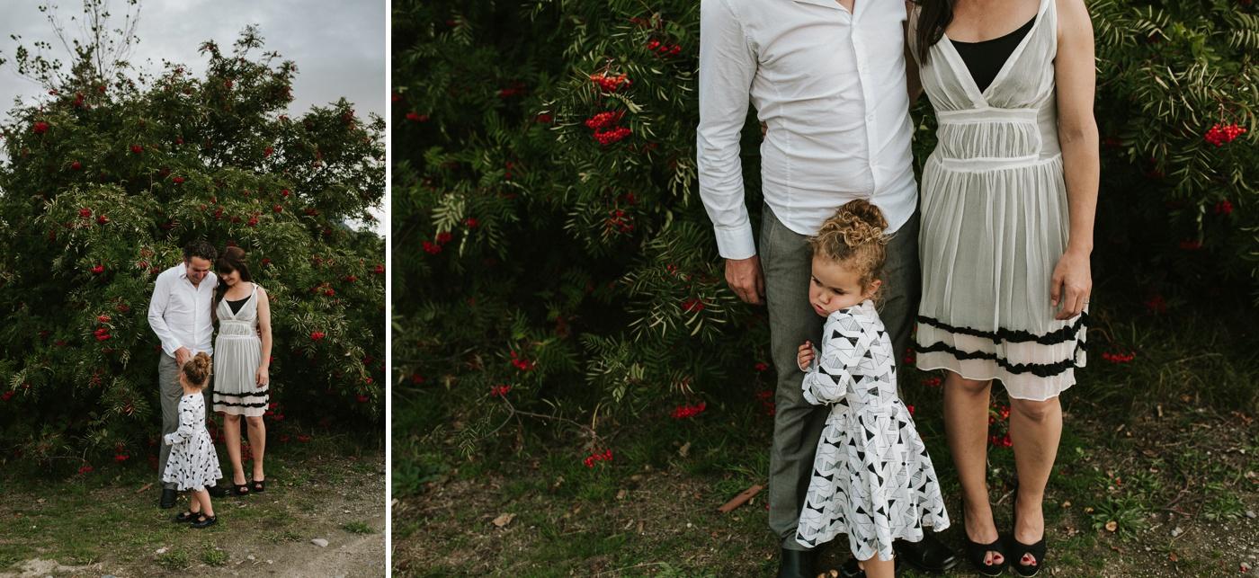 Avslappnade-naturliga-roliga-Familjesession-Familjebilder-Ben&Rosanne&Luella_4