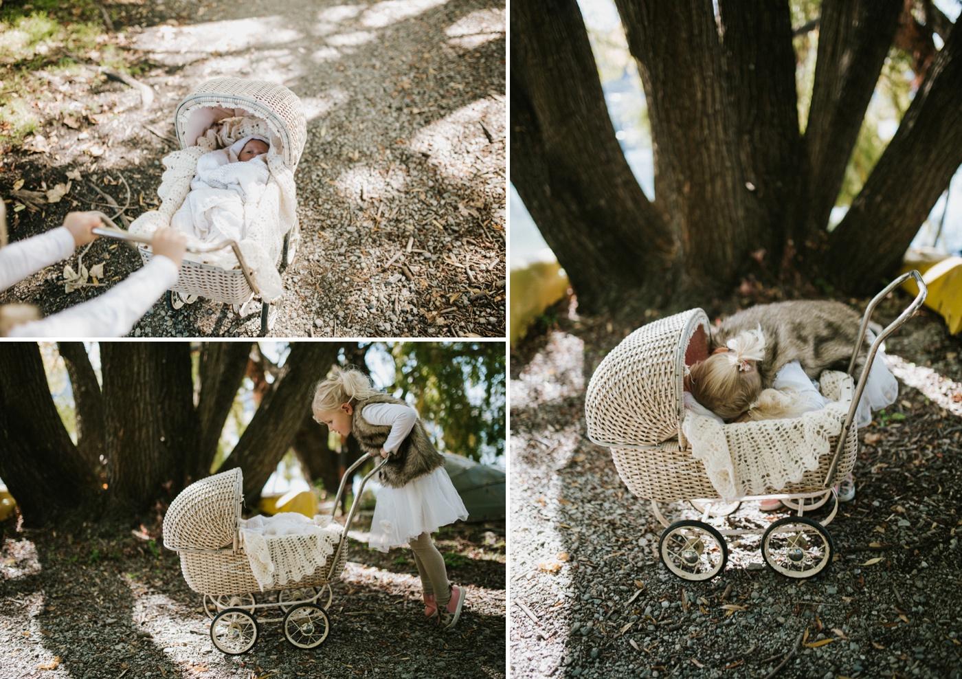 Blake-Lily-Rolig-Lekfull-Familjesession-Familjefotograf-Stockholm-Orebro_31