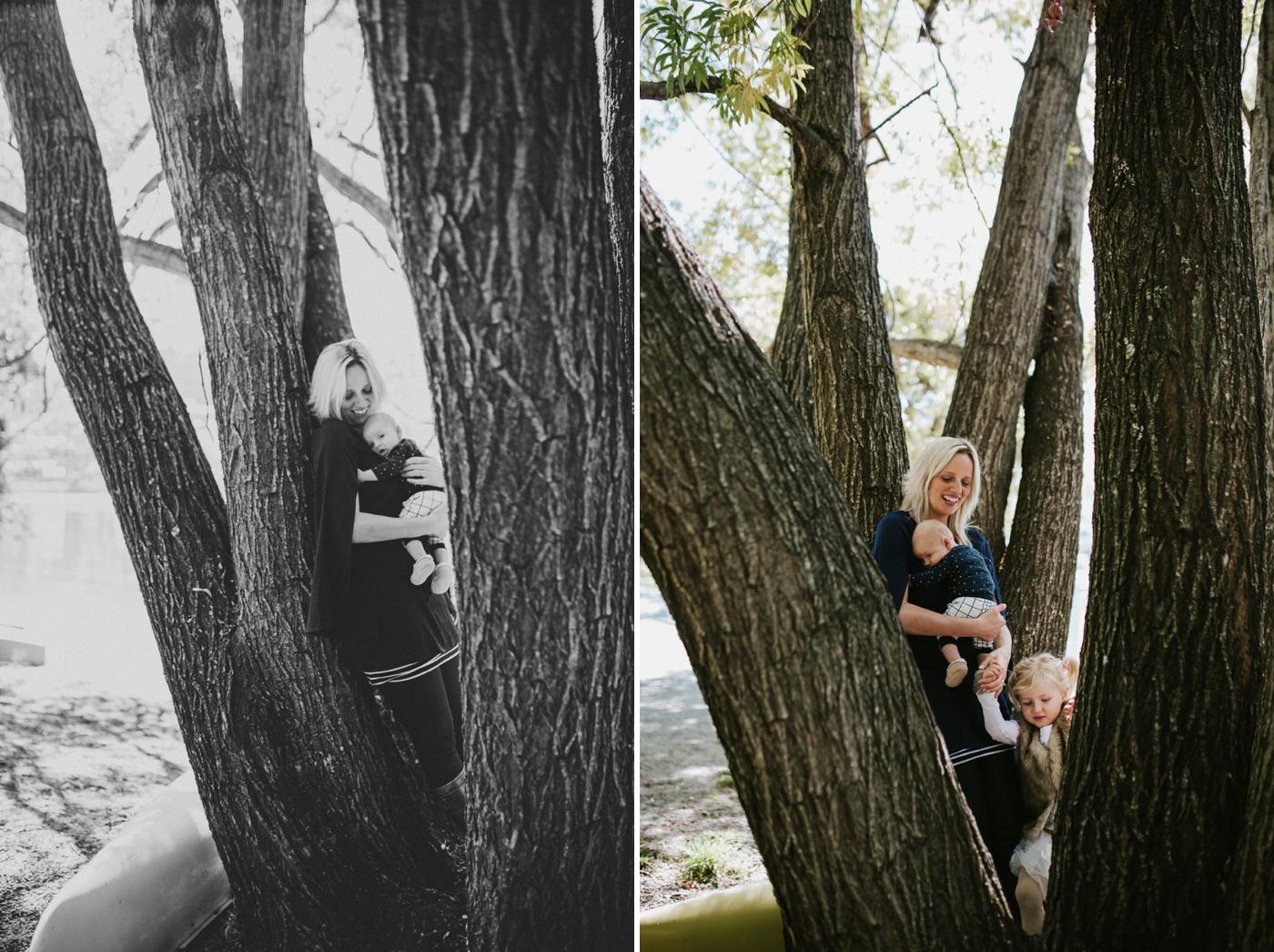 Blake-Lily-Rolig-Lekfull-Familjesession-Familjefotograf-Stockholm-Orebro_35